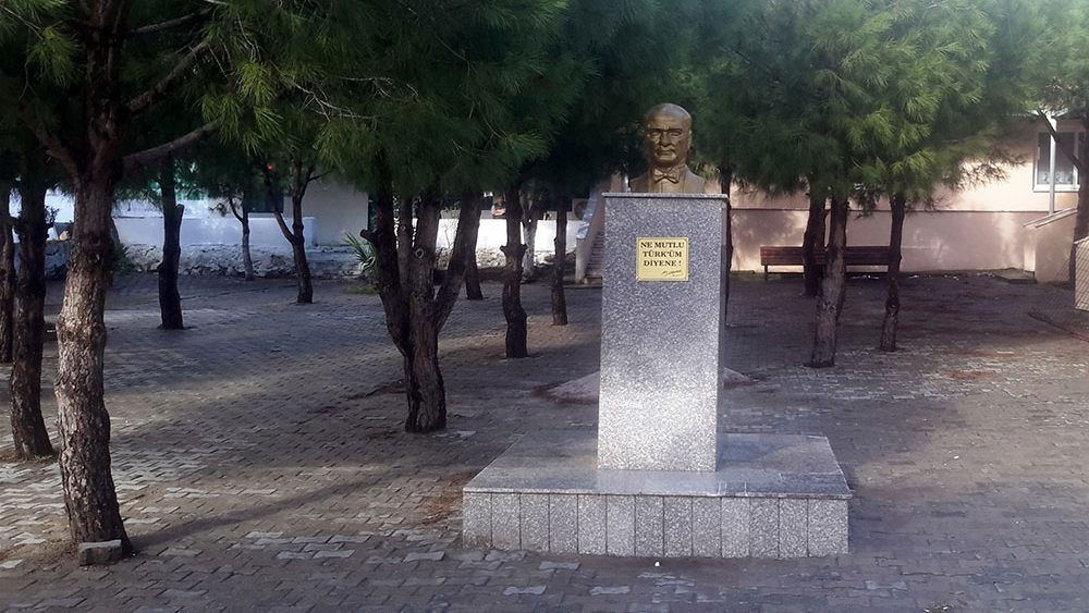 yalnizev-01
